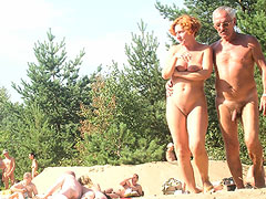 Mature Couple on Be..
